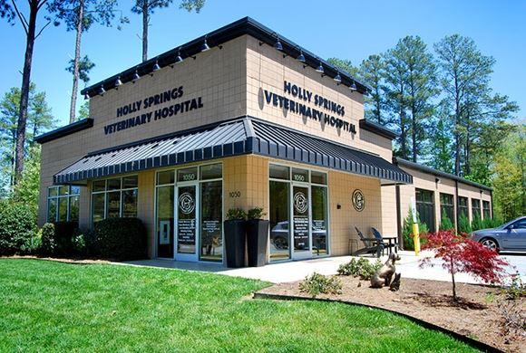 Holly Springs Vet exterior